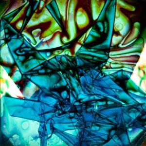 abstaktes Bild bunt, Diapositiv für Projektion, handcrafted, colorierte gefaltete Folie grün blau