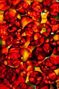 abstaktes Bild bunt, Diapositiv für Projektion, handcrafted, rote kreise coloriert